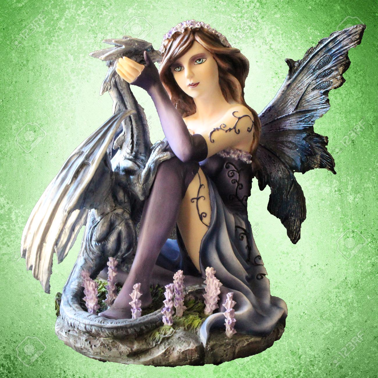 Figurine de fée en ligne pour acheter un cadeau ou déco avec des fées