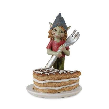 Figurine Pixie avec Part de Gâteau -- 11,5cm