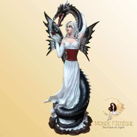 Figurine Fée Géante et Dragon Karma