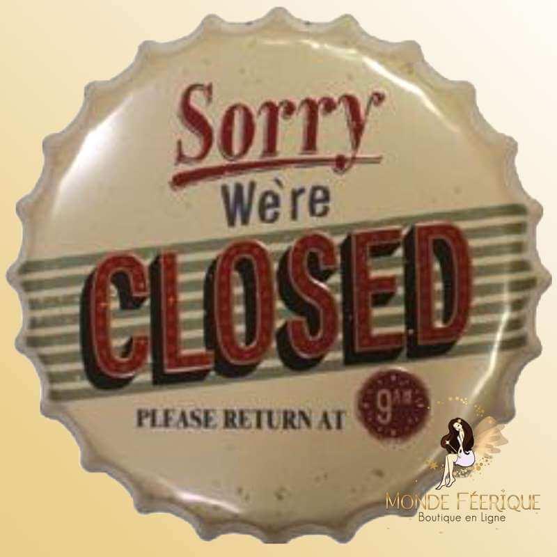 Capsule Géante Vintage We are Closed -- 40cm