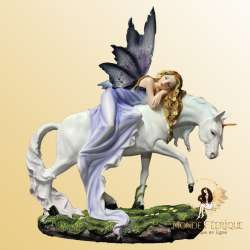 "Figurine Fée Géante Licorne ""Conte des Fées"""
