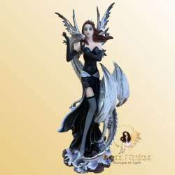 Figurine Fee Geante Charmeuse 27cm