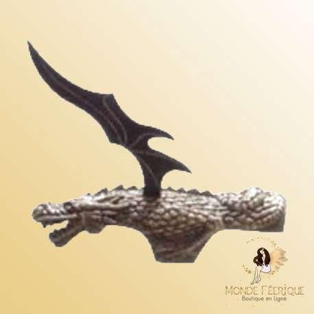 arme couteau dragon