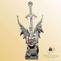 statuette dragon