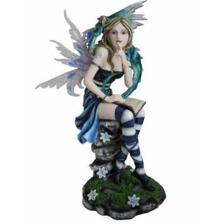 statuette fee geante