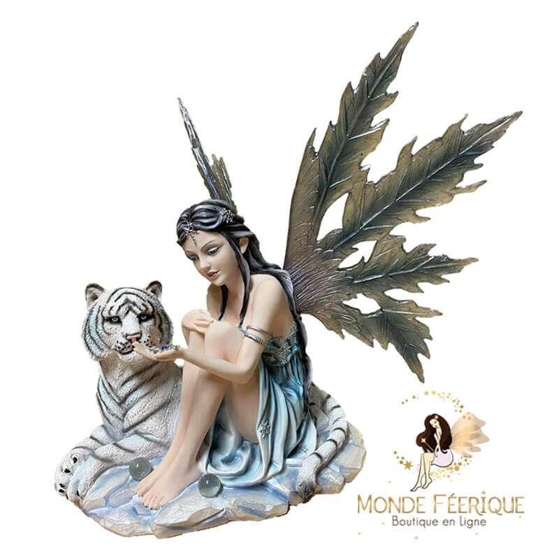 Figurine Fée avec un Tigrou -- 35cm