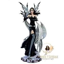 fee statuette dragon