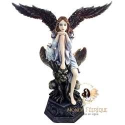 statuette de fee gothique