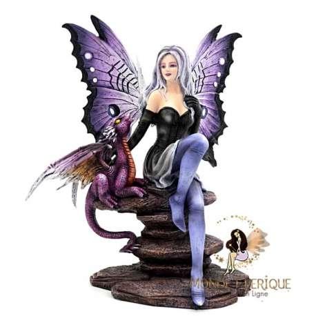 Figurine feerique violet avec un dragon