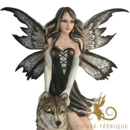 """Figurine Fée Géante """"L'amour des Loups"""""""